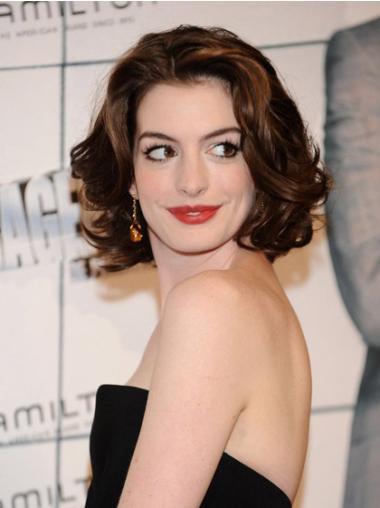 Perruques Anne Hathaway Excellente Auburn Longueur de Menton Ondulé
