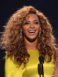 Perruques Beyoncé Soyeuse Auburn Longue Frisée